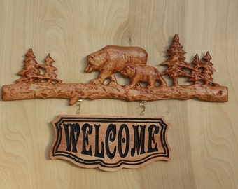 """Bear Family Name Sign ~ WOOD WALL ART Sign ~ Personalized Family Name Est Date Sign~ Rustic Wood Sign ~ Outdoor Family Name Sign 18"""" x 11"""""""