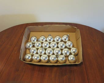 "Lot 23 vintage 1950s 1960s silver glass Christmas tree ornaments decorations 2 1/2"" diameter ( 52017ab)"