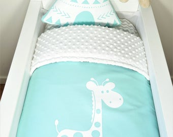 Bassinet/pram set - Mint with white giraffe AND white minky