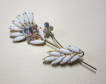 "Vintage Rhinestone Jewelry -  ""Juliana"" Flower Brooch Pin -  Book Piece - Delizza & Elster"