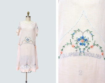 1920s Love is in the Air Dress { M-L } Vintage 20s Embroidered Dress