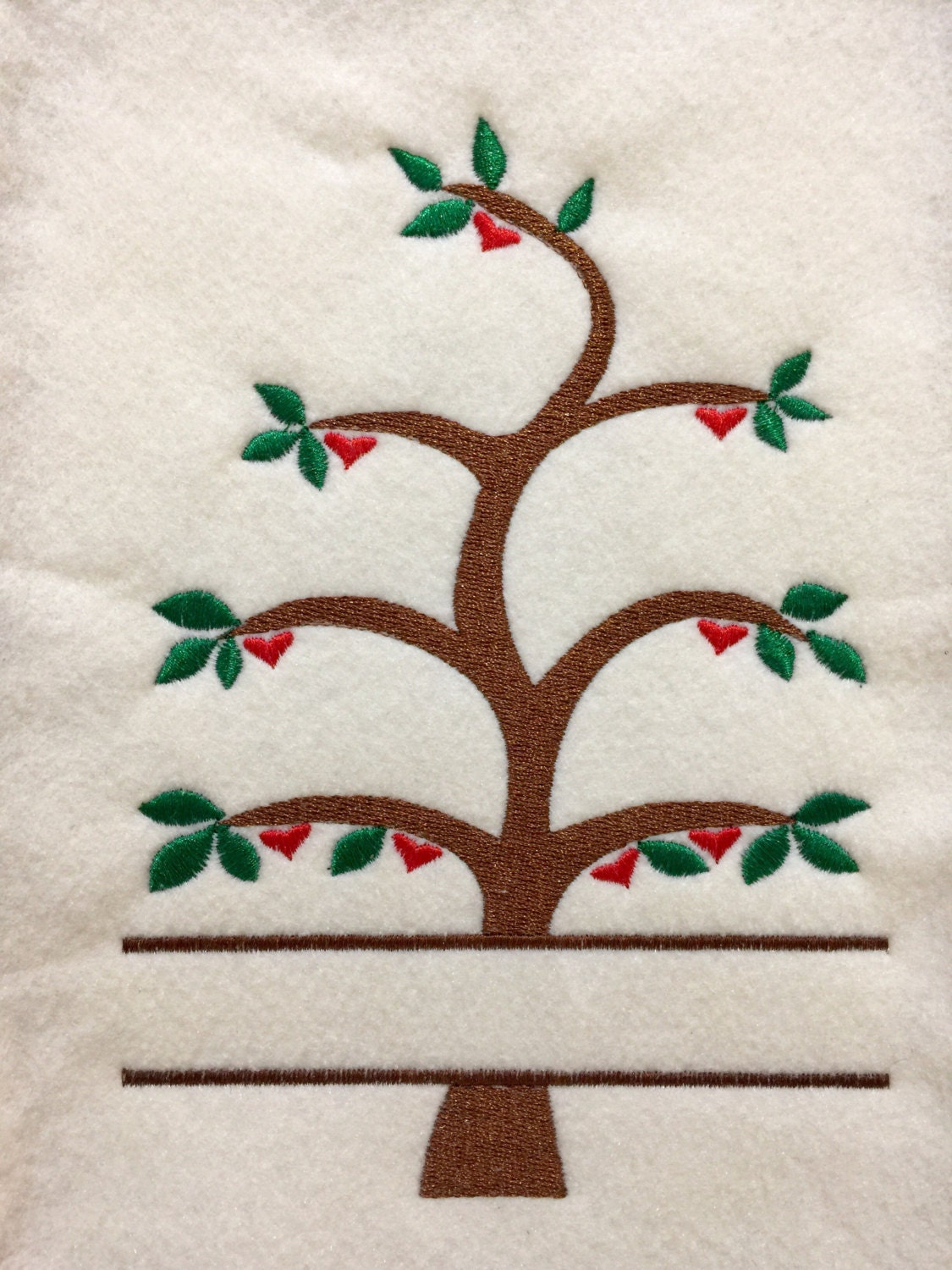Family Tree And Heart Wall Art Pattern Embroidery Design