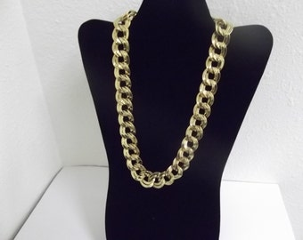 Chunky MONET Linked Chain Necklace