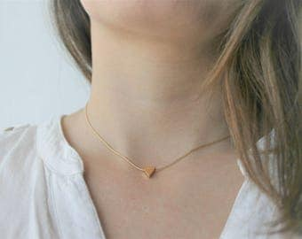 Delicate Choker more small triangle bathed in gold