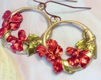 Hand Painted Earrings, Lily Earrings, Flower Earrings, Floral Earrings, Painted Floral Dangles, Vintage Style, Art Deco Style, Red Lilies