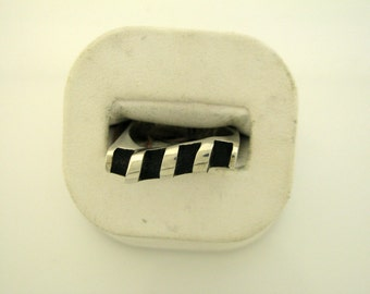 Sterling Silver Ring with black paint - size 8