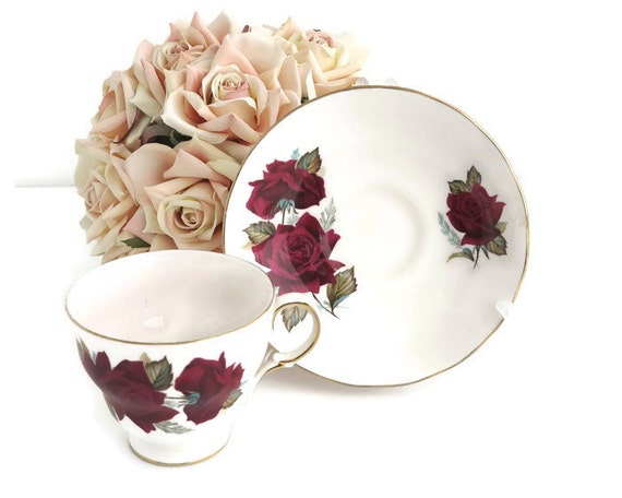 Royal Vale cup and saucer, large red roses with green leaves, footed cup, gilt trimmed, pattern number 7978, high tea, mid 20th century