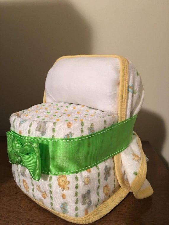 Bassinet Diaper cake, Mini Bassinet, Baby boy Diaper Cake, gender neutral elegant Diaper cake, Baby shower gift, baby shower centerpiece