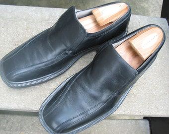 Kenneth Cole Mens Black Loafers Used Shoes 8.5 M