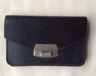 Vintage 1940s leather coin purse, small black coin purse.
