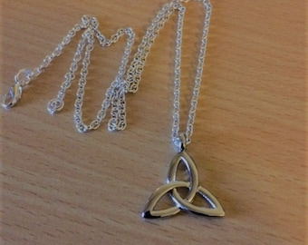 Trinity Knot Pendant Charm Necklace Silver Tone Celtic Knot Necklace Triquetra  Pagan Wiccan