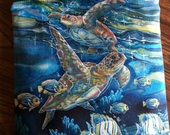 Sea turtles: zip-top purse with crossbody strap