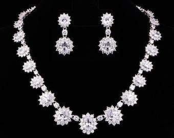 Zirconia Necklace Set, Wedding Gift ,CZ Wedding Necklace Set, Birthday Gift , wedding jewelry, zircon jewelry, Valentine's Day Gift KD00160