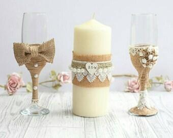 Wedding glasses, toasting flutes, wedding flutes, bride and groom champagne glasses,  wedding glass set, Mr and Mrs glasses, wedding candle