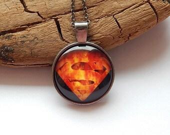 Superman Pendant necklace jewelry glass cabochon, Glowing Fire superman logo, Super Hero Jewelry, superman Comic Book heros, Superman movie