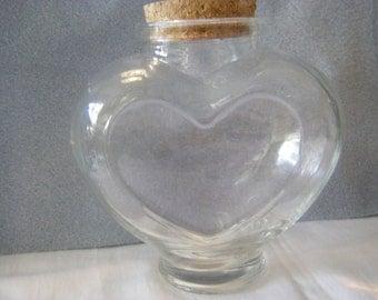 Wonderful clear glass HEART shape bottle with cork  NEW
