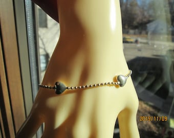 Vintage Sterling Silver 925 Heart Italy 7 Inch Bracelet, Wt. 4.2 Grams, Great Vintage Condition.