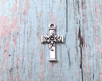 8 Small Flower cross charms (1 sided) antique silver tone - silver cross pendants, floral cross charm, religious charm, Christian charm, QQ9