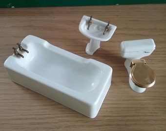 Vintage Dollshouse Bathroom Set White Plastic
