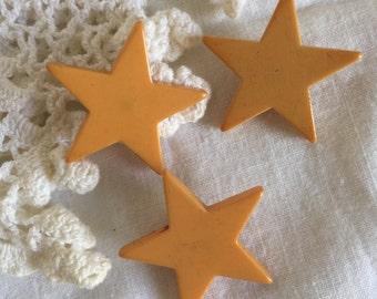 "Vintage Medium Yellow Star Bakelite Button;  Butterscotch, 1 1/4"", Price is for One Button"