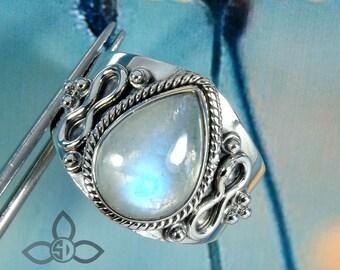 Blue Fire Rainbow Moonstone Ring, Natural Moonstone Ring, Silver Ring, Designer Ring, Christmas Gift Ring, Dailywear Ring, OfficeWear Ring