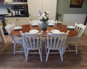 Gorgeous shabby chic  solid Pine extending table  6 chairs