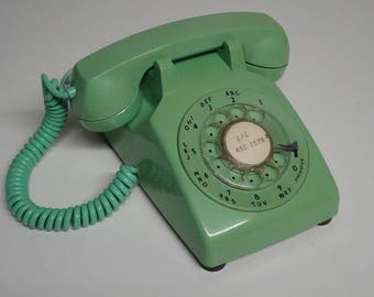 Vintage ITT Rare Mint Green Rotary Dial Desk Top Telephone Hardwired By Western Electric - FREE SHIPPING