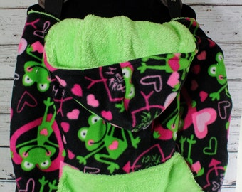 baby carrier cover -baby shower gift -baby carrier blanket -baby wearing accessories -cozy cover - pink frog fleece cover- warm fleece cover