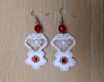 White lace chandelier flower earrings - boho earrings - Wedding earrings