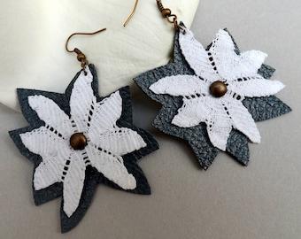 """Black & White leather and lace Earrings """"Daisy"""" - boho earrings - chandelier earrings - unique jewelry"""