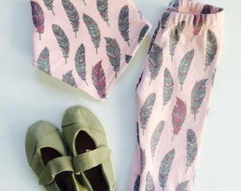 Whimsical Feather Legging (bib available)