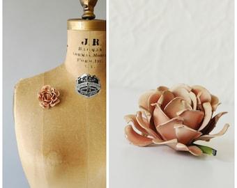 Rose brooch • 1950s enamel pin