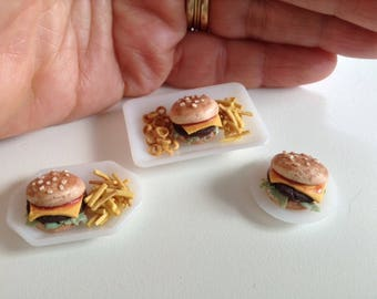 Miniature burger, 3 variations, handmade / miniature food/ dollhouse food