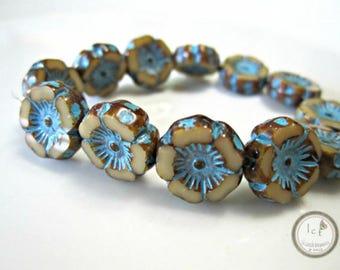 Beige Turquoise Flower Glass Beads Hawaiian Flower Beads Aqua Beige Flower Czech Glass Beads Flower Turquoise Bead 12mm (6 pcs) 68V3