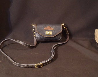 Small bag, shoulder bag, black leather banana for men or women