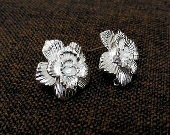 Flower earrings, stud earrings, silver rose flower earrings,  Bridesmaids Gifts, Birthday Gifts