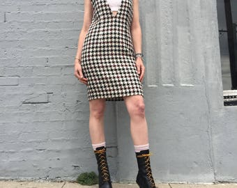 vintage 90s black white red houndstooth checkered boucle deep vneck dress size xsmall to small womens