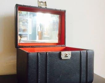 Vintage beauty case   make-upkoffer   stationary   Vintage case   Skai   fake leather case   beauty   mirror  