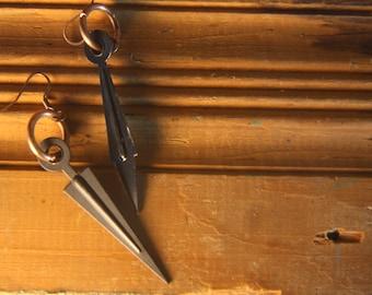 Vintage Clock Hand Earrings // Black Clock Hand Earrings // Clock Hand Earrings // Black and Copper // Mismatched Earrings // Upcycled