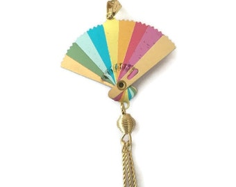Small multi-color fan pendant (12 pcs)