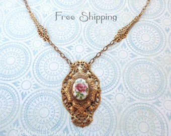 Victorian Filigree Vintage Necklace with Porcelain Cabochon - Shipping Included!