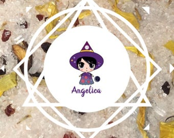 MoonSalt: Fragranced Bath Salt with Selenite Angelica