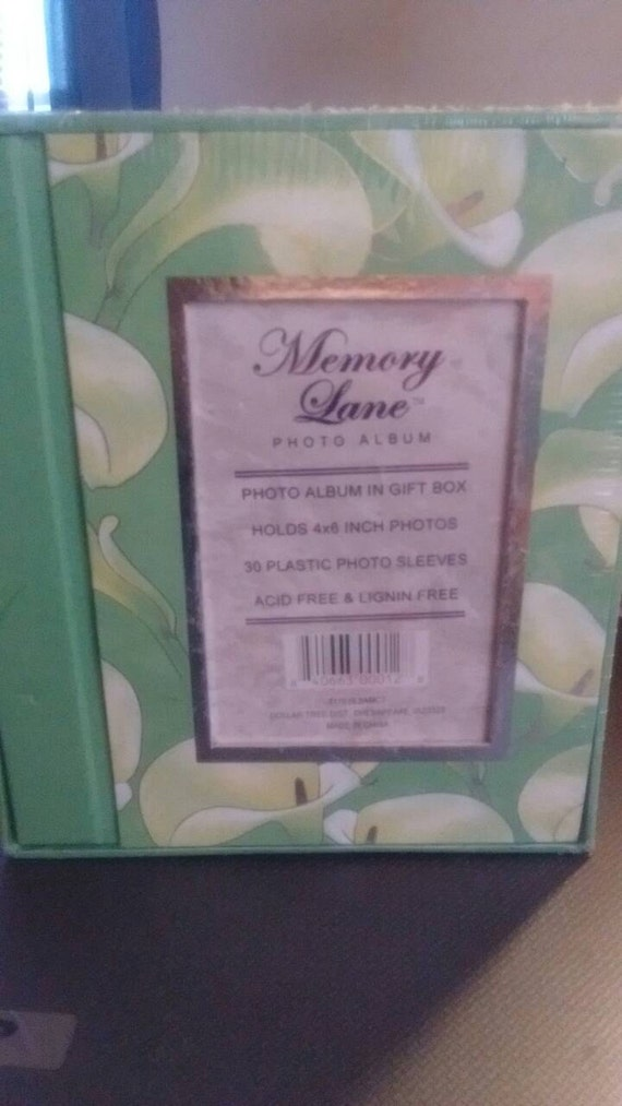 memory lane 4x6 photo album in a gift box sealed 36 plastic. Black Bedroom Furniture Sets. Home Design Ideas