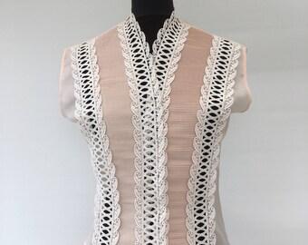 Vintage 1960's - 'SIMON ELLIS' Sleeveless Blouse - Approx UK Size 12.