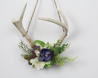 Floral deer antlers. Deer antler decor. Antler home decor. Gift idea.