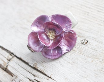 SEAshell flower clip, SEA SHELL hair accessory, flower hair clip, hair clips for girls, flower hair clip for women, flower hair