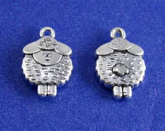 6 pcs -Little Lamb Charm, Antique Silver Sheep Pendant- AS-2013ZJ-02