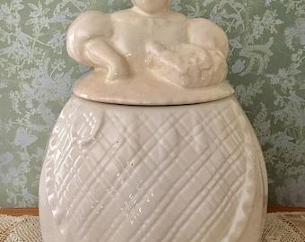 """REDUCED*** Abingdon """"Granny"""" Cookie Jar #471 -Cream color"""
