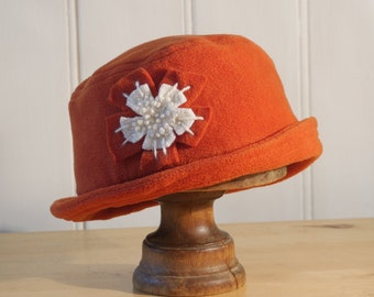 Rust burnt orange daisy cloche hat