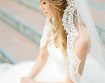 1 tier lace wedding veil, scallop lace wedding veil, bridal veil, ivory lace wedding veil, vintage veil, corded lace veil, Style V38